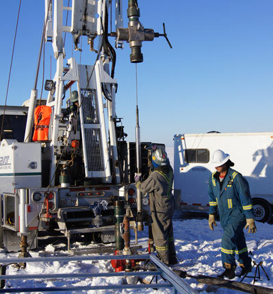 Plugging an oil well